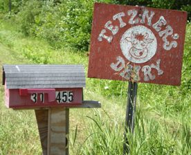 Tetzner's Mailbox and Sign